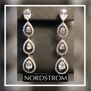 🆕NORDSTROM Linear Crystal Drop Earring